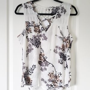 MAURICES NWT Floral Dressy Tank Sz. M
